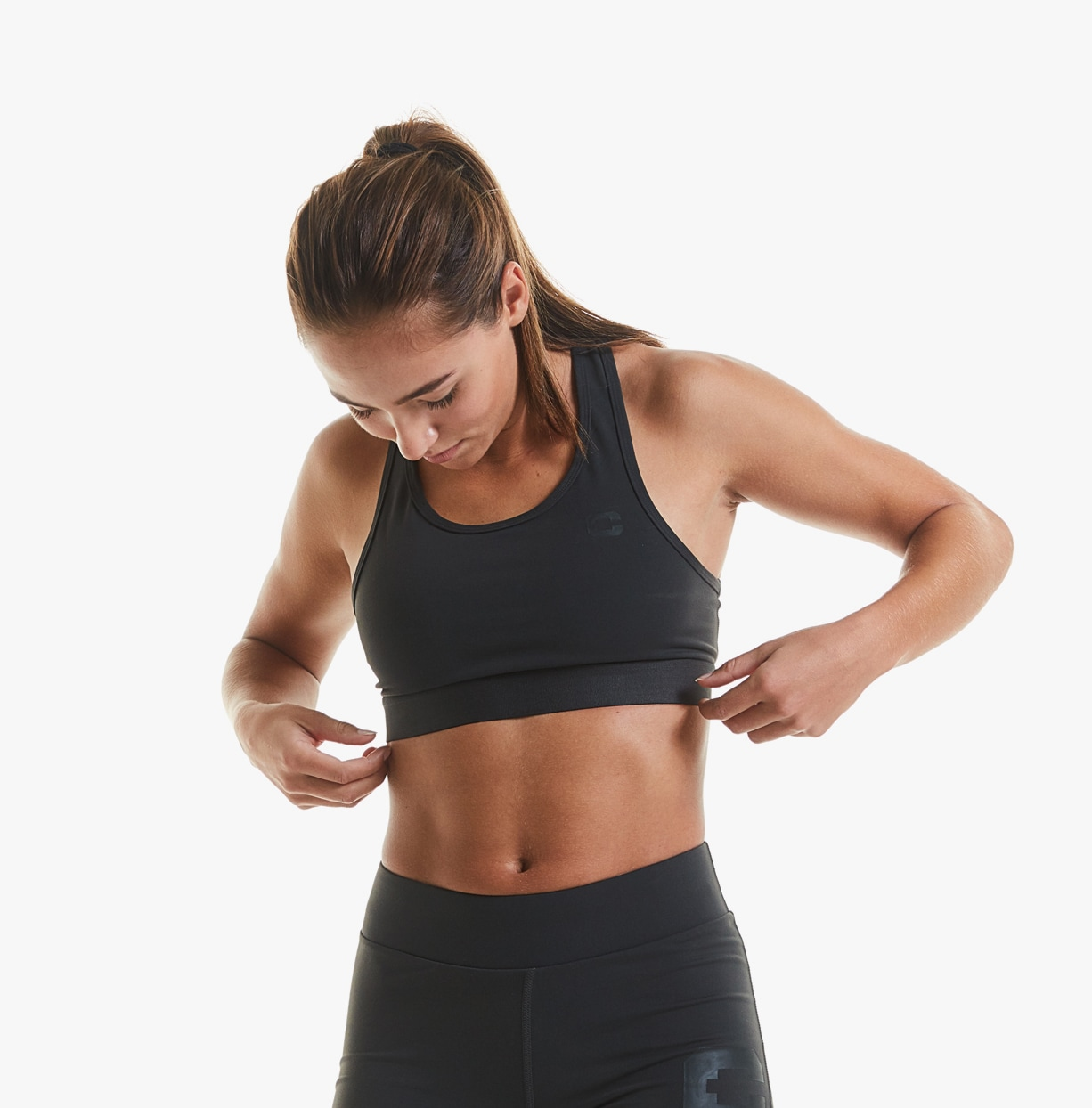 cln-rigid-sports-bra-shadow-detail